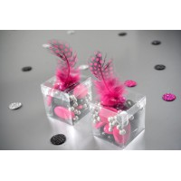 Boite dragées carrée transparente en plastique
